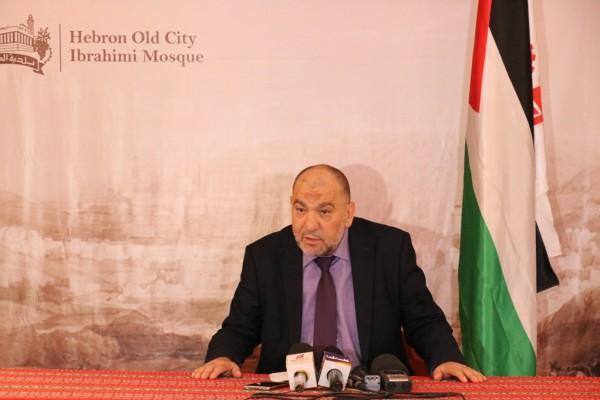 أبو سنينة: رزمة من مشاريع الطرق بقيمة 56 مليون شيكل في الخليل