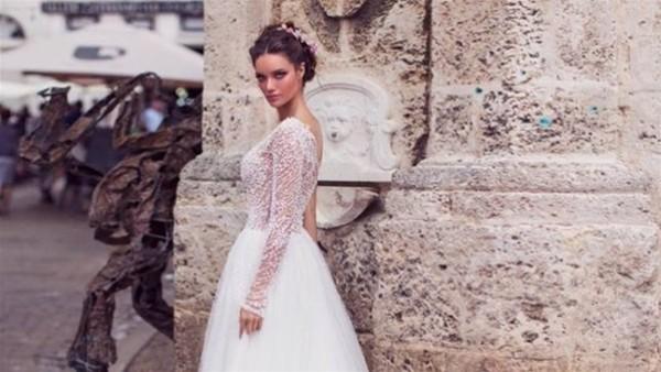 فساتين زفاف أسطورية من Lorenzo Rossi