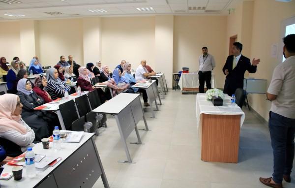 الجامعة العربية الامريكية تنظم لقاء تعريفيا بمراكز تأهيل الأطفال والعلاج المائي لطواقم التأهيل