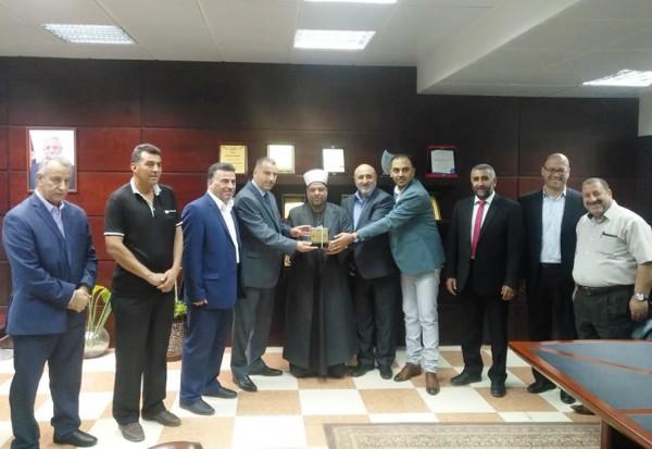 ادعيس يستقبل اللجنة المشرفة على بناء كلية الدعوة الإسلامية في الظاهرية