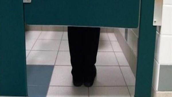 كارثة تفعلها الفتيات في الحمام تؤدي إلى الموت