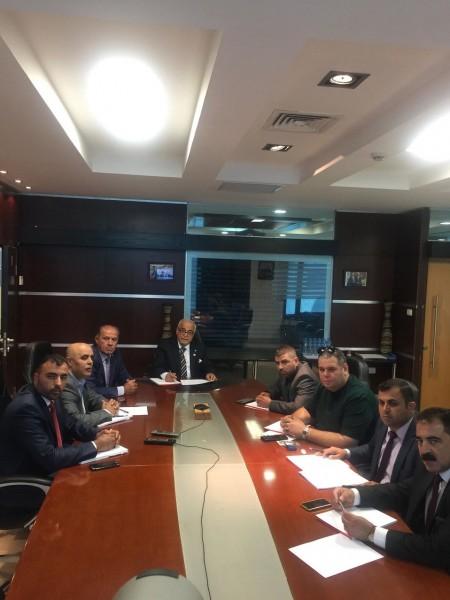 """رئيس مجلس إدارة """"الشركة الأهلية للتأمين"""" يجتمع مع وفد من وكلاء الشركة في غزة"""