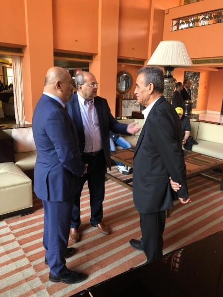 الطيبي وزحالقه في القاهرة للاجتماع مع الامين العام للجامعة العربية