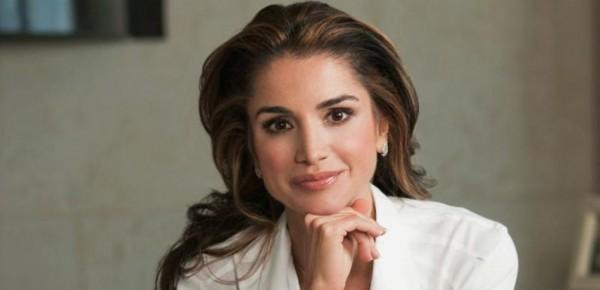 الملكة رانيا تخطف الأنظار في الصين.. والسبب لبناني