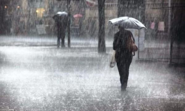 بلدية خانيونس تُشكل لجنة طوارئ لموسم الشتاء