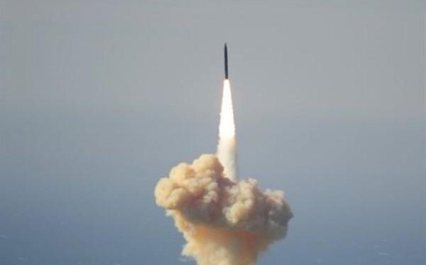 """السعودية تعلن تدمير صاروخًا بالستيًا استهدف """"نجران"""""""