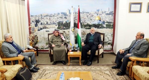 لدى وصوله لغزة.. السفير العمادي التقى إسماعيل هنية الليلة الماضية