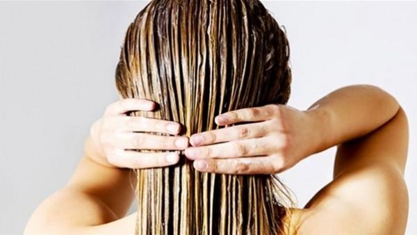 وصفة سحرية لإطالة الشعر عدة سنتيمترات بأقل التكاليف