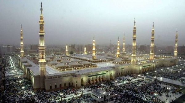 إطلاق نار في المسجد النبوي بالمدينة المنورة