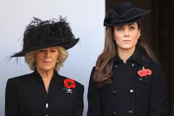 """فضيحة جديدة: زوجة الأمير تشارلز لا تحب كيت ميدلتون وتصفها بـ """"الغبية"""""""