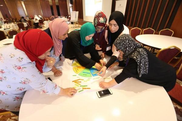 لجنة الانتخابات تنهي تدريب 90 امرأة ضمن مشروع تعزيز مشاركة المرأة في الانتخابات