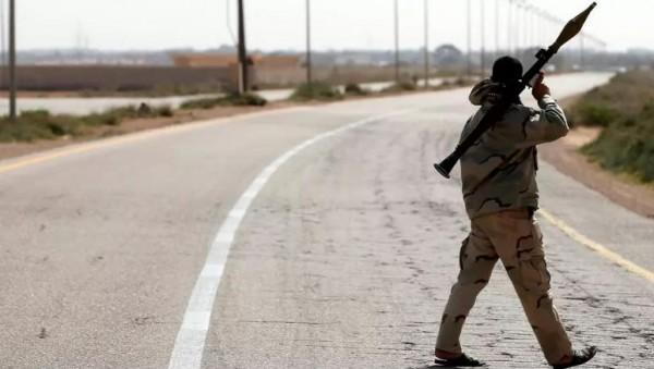 مقتل تسعة اشخاص في معارك قرب طرابلس في ليبيا