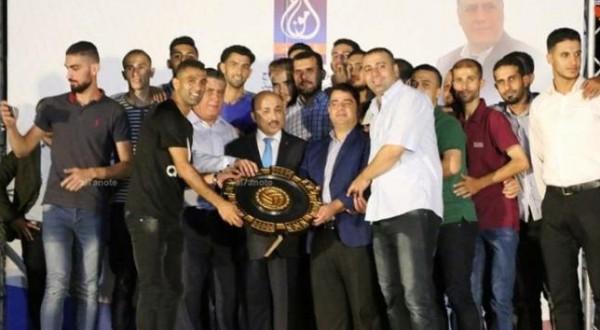 مؤسسة أمواج تكرم باسل ناصر وخدمات جباليا بطل دوري كرة الطائرة