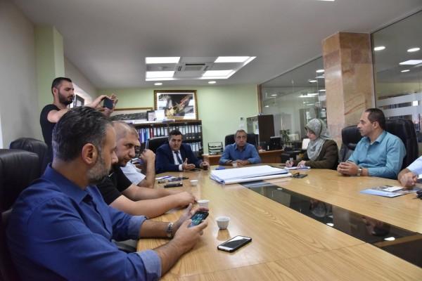 رئيس بلدية بيت لحم يلتقي مع مؤسسات وبلديات المحافظة