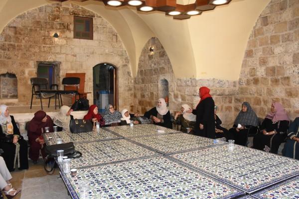 محافظة سلفيت ومركز دار الوفاء للمسنين ينظمان يوم ترفيهي للمسنات في ديراستيا
