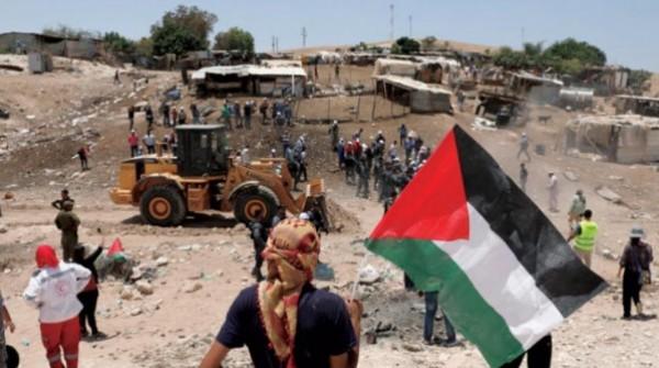 """الاتحاد الأوروبي: هدم الخان الأحمر الفلسطيني """"جريمة حرب"""""""