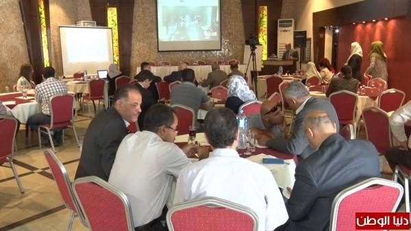 شاهد: بتمويل من البنك الدولي.. سلطة الطاقة تُطلق مشروعاً جديداً بغزة
