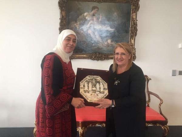 غنام تكرم رئيسة مالطا والأمين العام للإتحاد من أجل المتوسط