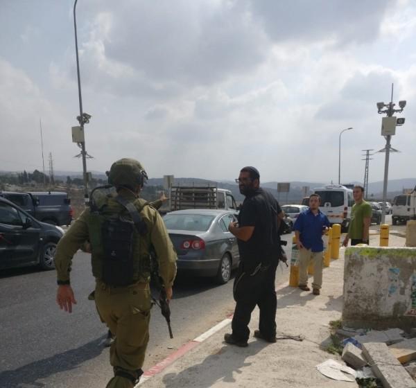 إصابة جندييْن إسرائيلييْن بنيران صديقة قرب حاجز حوارة بنابلس