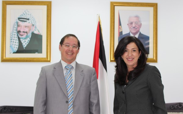 وزيرة الاقتصاد والسفير الروسي يبحثان تحضيرات اجتماعات اللجنة الفلسطينية- الروسية