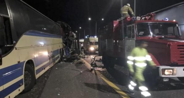 مصرع 11 شخصا بتصادم حافلتين في روسيا