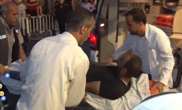 """شاهد: """"دنيا الوطن"""" ترصد وصول عدد من الاصابات إلى مجمع الشفاء الطبي"""