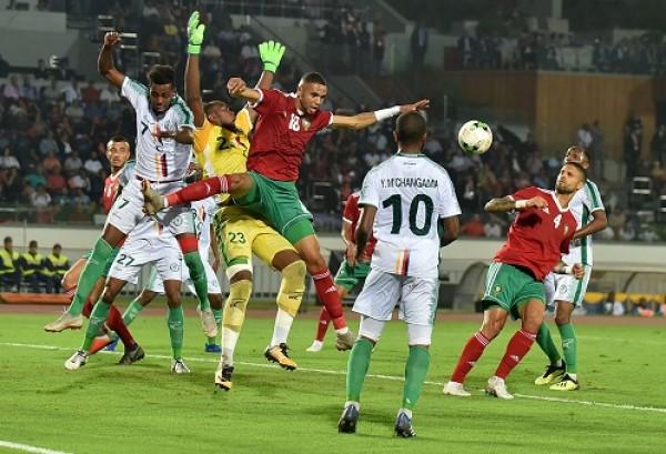 المغرب تفوز بصعوبة على جزر القمر في تصفيات بطولة الأمم الإفريقية