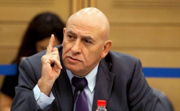 """مشروع قانون يميني إسرائيلي هدفه منع تخفيف عقوبة """"باسل غطاس"""""""