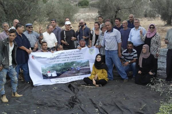 """الإغاثة الزراعية تنظم حملة """" احنا معكم """" لمساعدة المزارعين"""