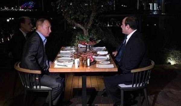"""الرئيس السيسي يُغرد بعد لقاء بوتين في """"سوتشي"""""""