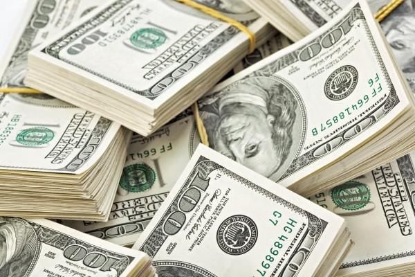 العملات: تراجع في سعر صرف الدولار