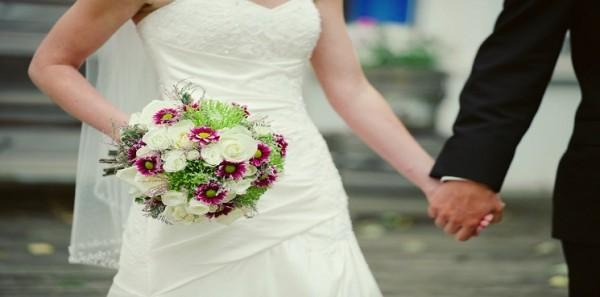 مصري يصدم في زوجته بعد عام من الزواج ويطلب الطلاق.. لهذا السبب