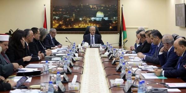 الحكومة: اختطاف الاحتلال محافظ القدس جريمة جديدة بحق أبناء شعبنا وقيادته