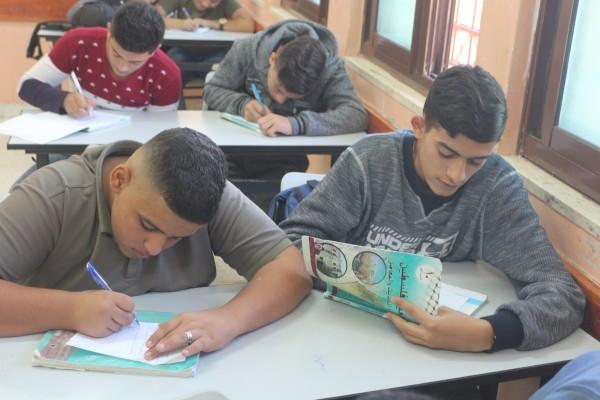 طلبة ثانوية مخيم الفارعة يختارون إحياء ذكرى بلفور الأسود باستذكار مدن أجدادهم