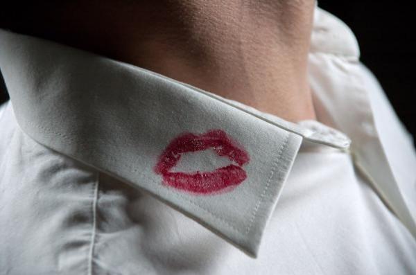 """""""كوني هادئة والانفصال في هذه الحالة.. 10 نصائح للتعامل مع الزوج الخائن"""