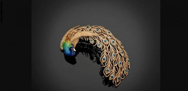 """""""أميرٌ قطري"""" يعرض مجموعة مجوهرات هندية نادرة خلابة"""
