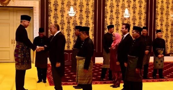 السفير وليد أبو علي يقدم أوراق اعتماده كسفيراً فوق العادة ومفوضاُ لفلسطين بماليزيا