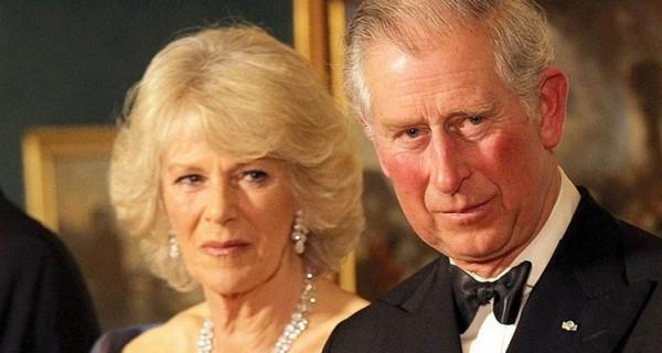 تَمرد الأمير تشارلز قد يُعرِّض الملكية البريطانية للخطر ...