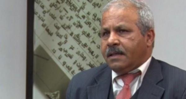 العوض حول رواتب موظفي غزة: ممكن صرفها بكرامة في إطار المصالحة