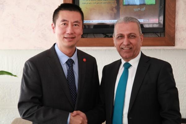 السفير الصيني يزور المركز الفلسطيني للبحوث والدراسات الاستراتيجية