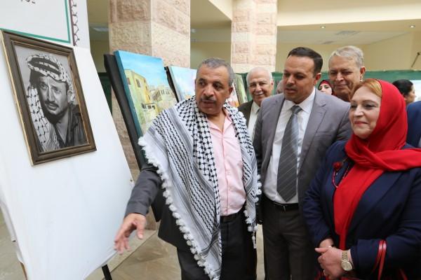 """خضوري تحتضن معرض الفن التشكيلي """"فلسطين الأرض والهوية"""""""