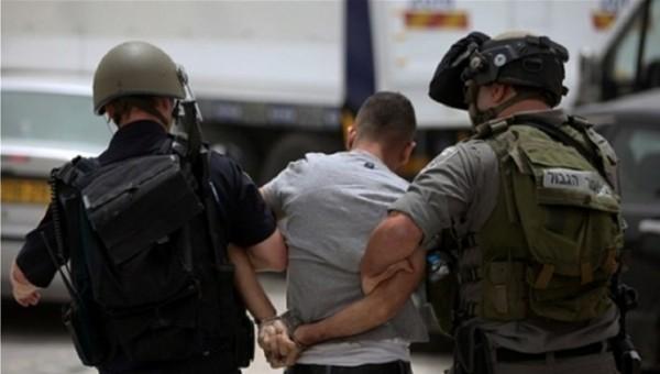 الاحتلال يعتقل جميع أفراد عائلة أبو جمل في القدس