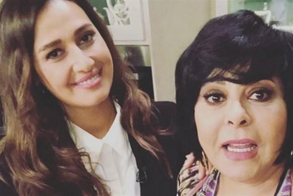 شاهد أول ظهور تلفزيوني لحلا شيحا بعد نزعها الحجاب