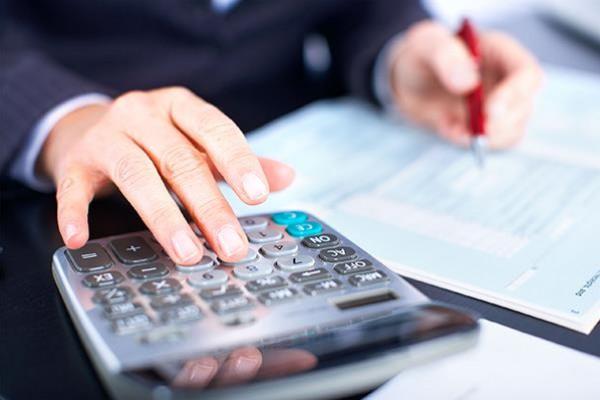 نقيب المقاولين يدعو لحل مشكلة الإرجاع الضريبي