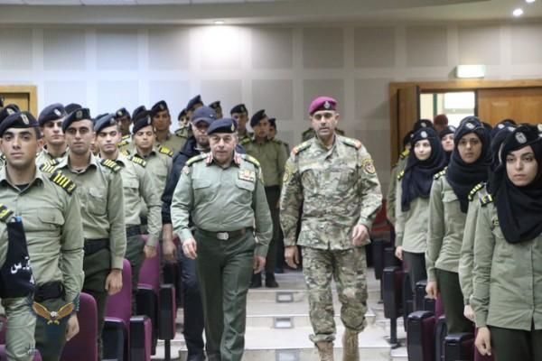 جامعة الاستقلال: محاضرة للواء دخل الله حول المستقبل العسكري للضابط الخريج