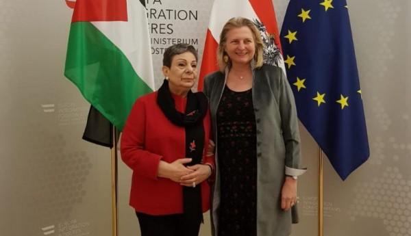عشراوي تشدد على أهمية العودة إلى نهج التضامن مع الشعب الفلسطيني