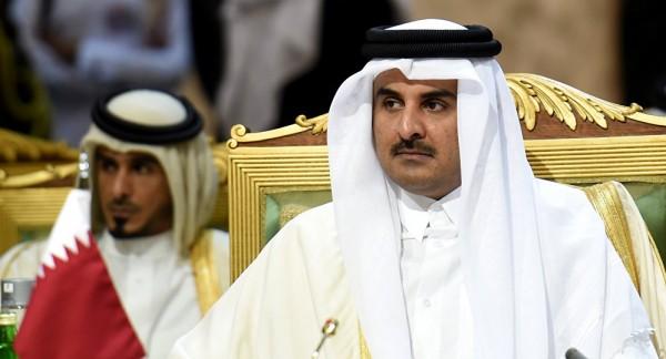 """أمير قطر يعرض """"الحل الوحيد"""" للأزمة الخليجية"""