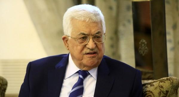 الرئيس الغيني يتسلم رسالة خطية من الرئيس محمود عباس