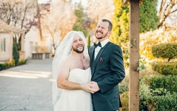 صور: أمريكي يتفاجأ بتبديل العروس يوم زفافه