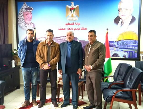 ممثلي الاتحاد المدرسي يلتقون محافظ طوباس والاغورا المحافظ اللواء يونس العاصي